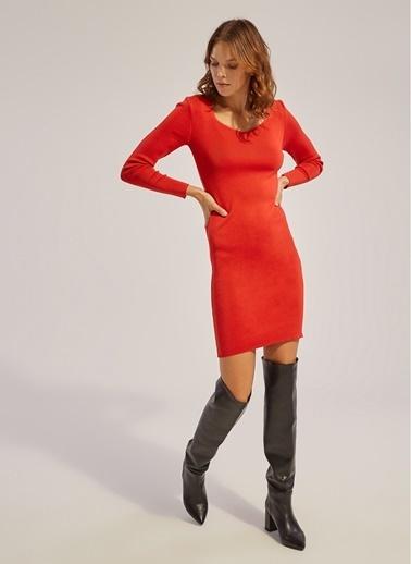 Monamoda Dörtgen Yaka Triko Elbise Kırmızı